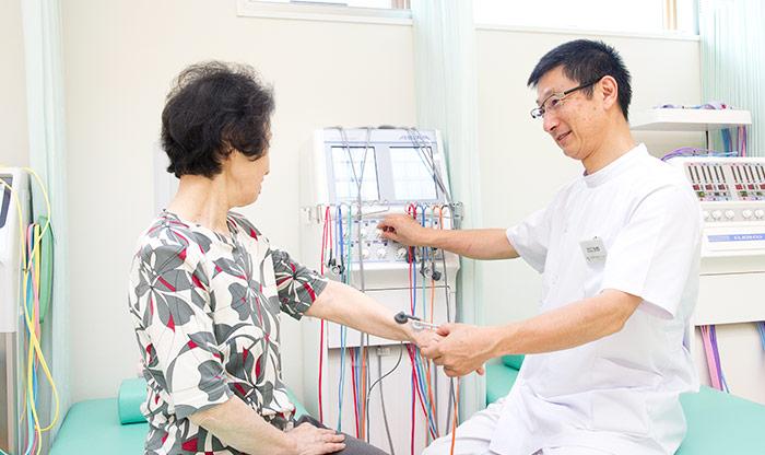 経皮的ツボ電気刺激治療器